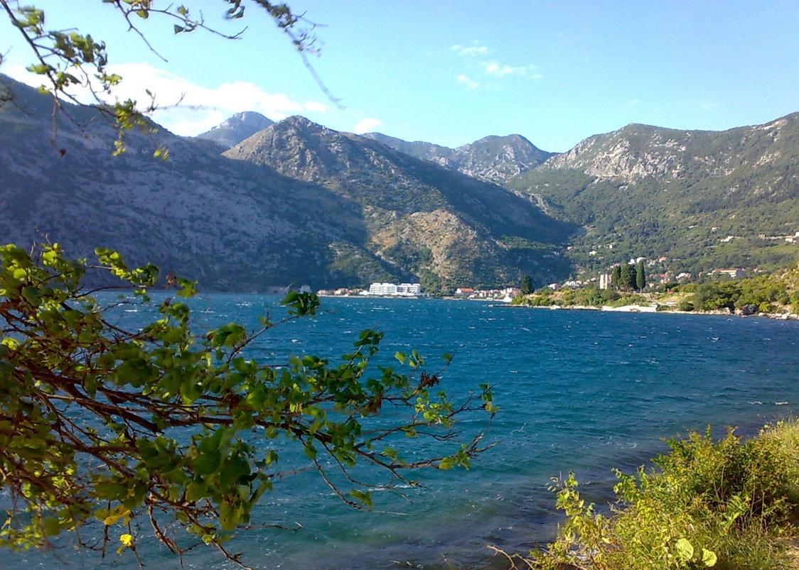 рисан черногория фото только